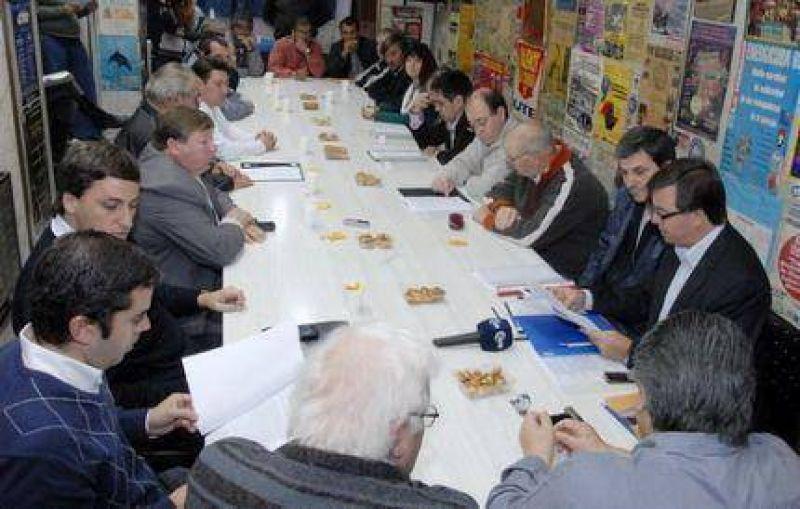 Luz y Fuerza firmó un acuerdo con las Cooperativas Eléctricas por Bolsa de Trabajo
