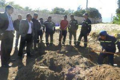 El intendente Jalil visitó el barrio Virgen del Valle
