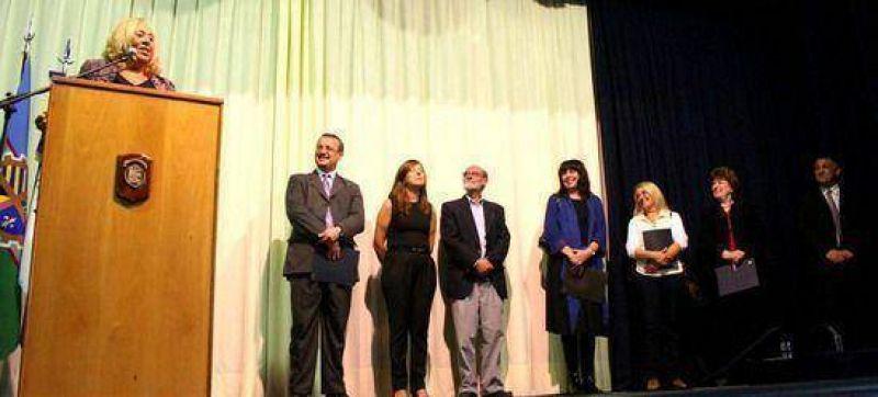 Proyecto impulsado desde el nivel primario: La intendente Giroldi participó del reconocimiento a alumnos del Colegio Armonía