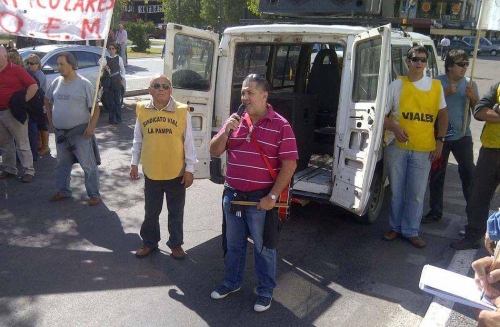 """Montiel: """"el objetivo principal es que el gobierno municipal adhiera a la ley de paritarias"""""""