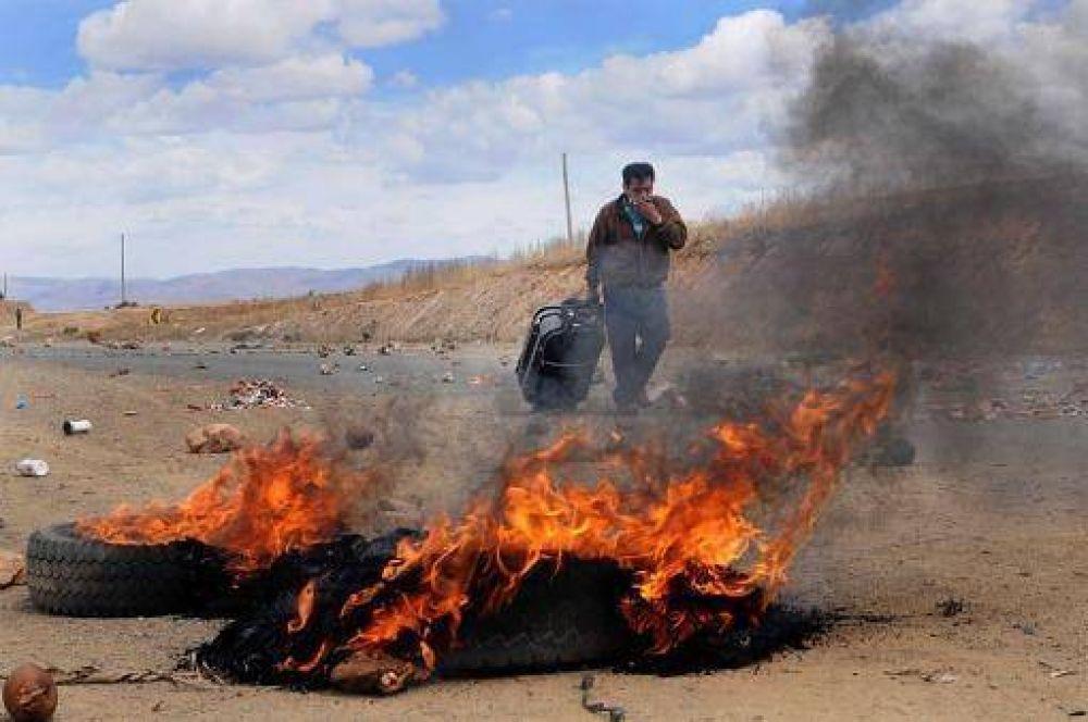 La Central Obrera Boliviana aceptó dialogar pero mantiene las protestas