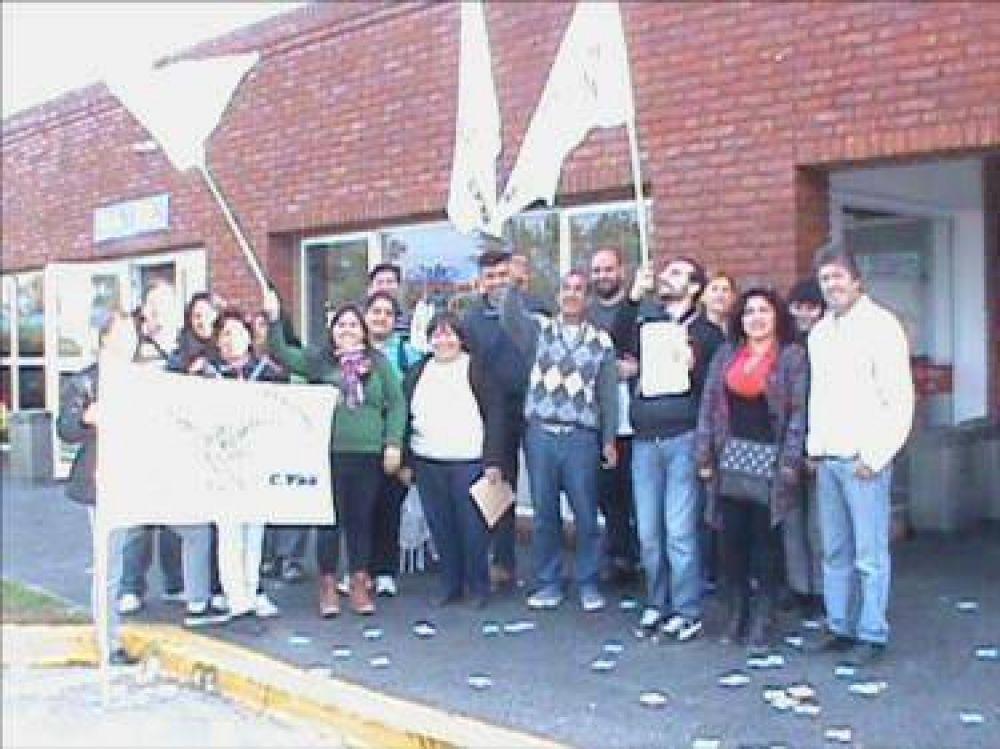 Trabajadores del Aeropuerto de San Fernando rechazan ser parte de una Sociedad Anónima