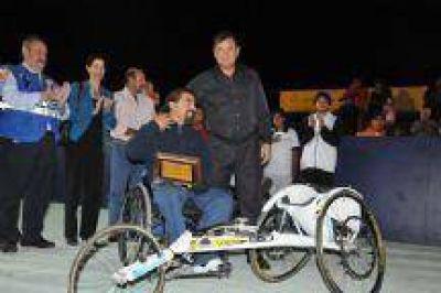 Miguel Isa dejó inaugurados los Juegos Paralímpicos en Ferinoa 2013