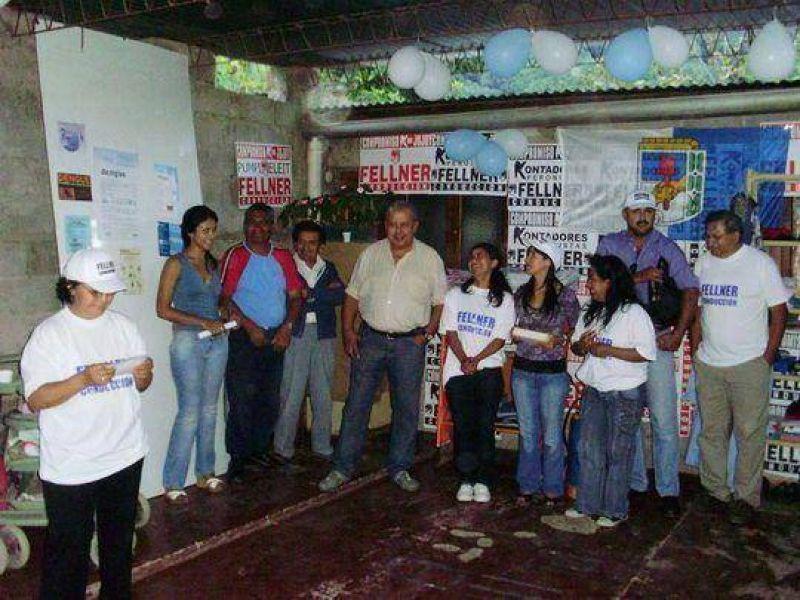 Dirigentes del Frente Para La Victoria inauguran roperos comunitarios