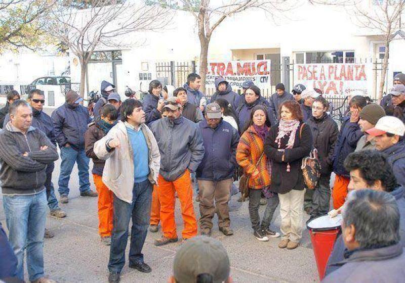 Municipales volvieron a protestar