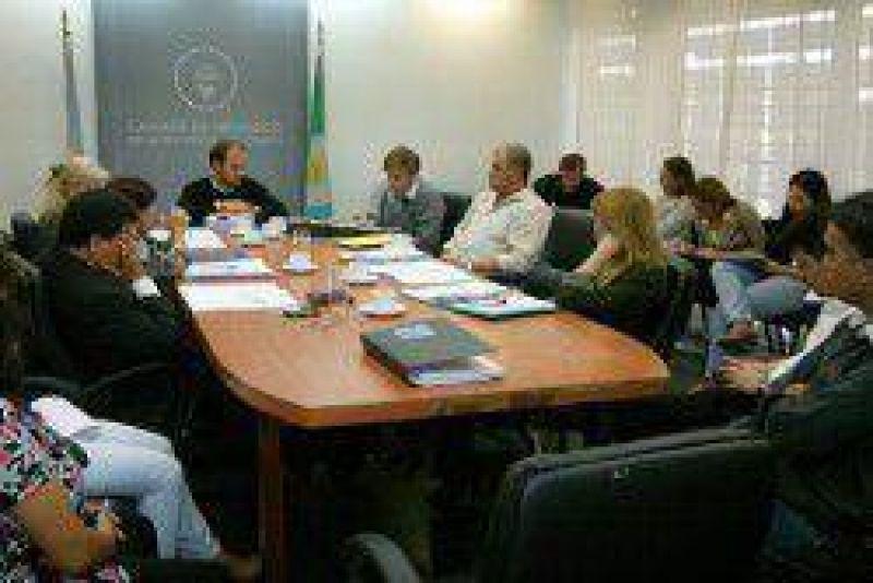 Diputados de la Comisión de Hacienda recibieron a gremios judiciales