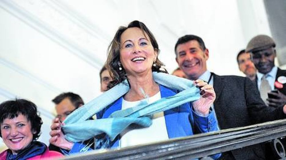 ¿La ex de Hollande será ministra de Economía en Francia?
