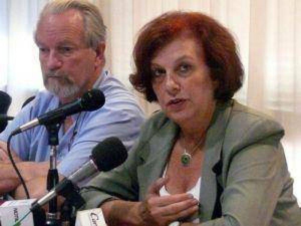 La presidenta de la APA repudió la agresión al delegado de UPCP