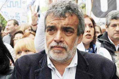 """Nenna calificó de """"mamarracho"""" al decreto de Macri por la ley de protección a la prensa"""