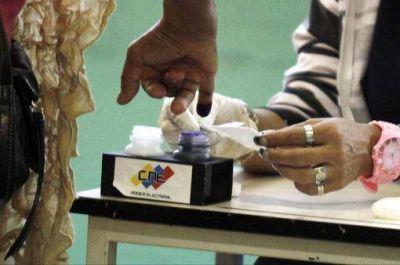 Con transmisión en tiempo real por Internet, comenzó la auditoría de las elecciones venezolanas