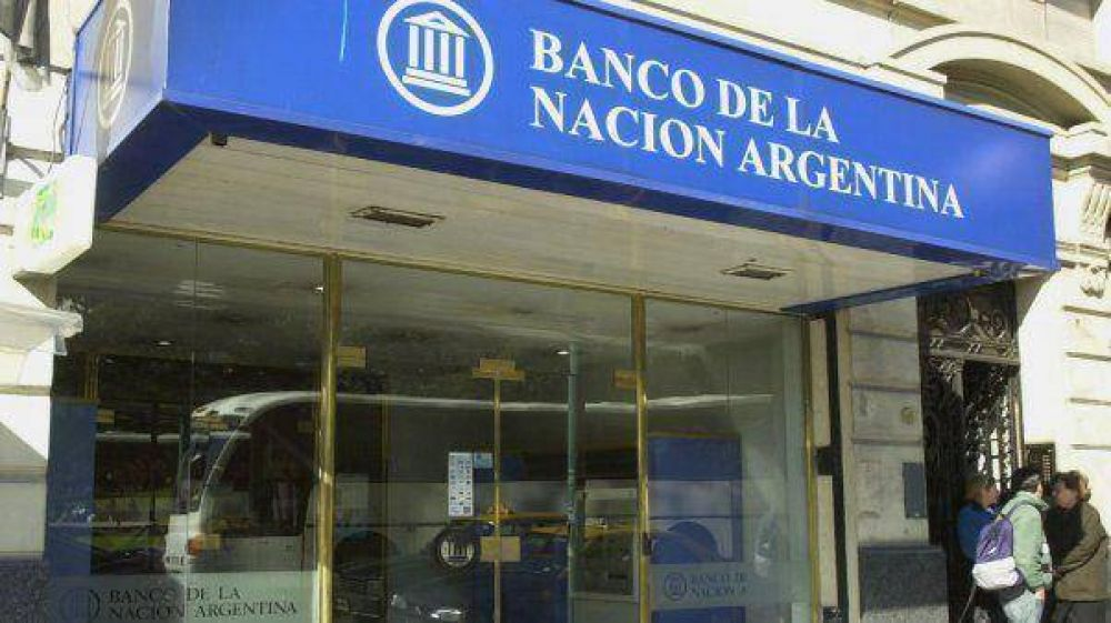 Bancarios acordaron un 24 por ciento de aumento