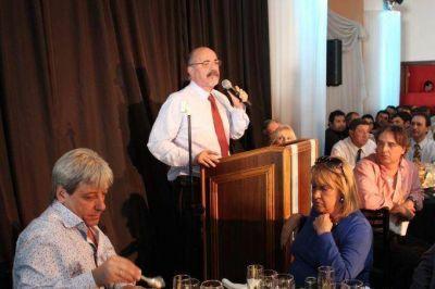 El ministro Tomada junto a más de 340 delegados gremiales de la zona