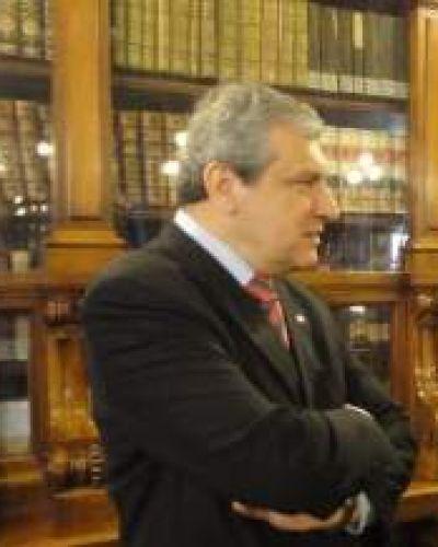 El Senador Meckievi brindará charlas en Dolores sobre la Ley