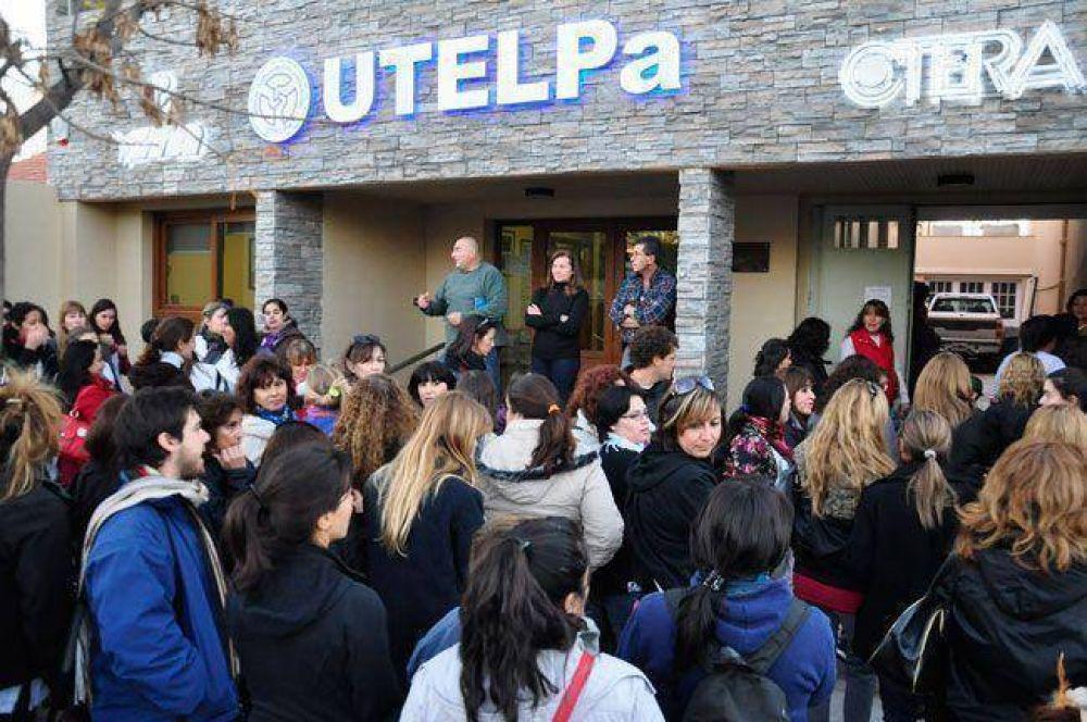 Ahora UTELPa salió a pegarle al Ministerio de Educación por la Jornada Institucional