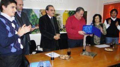 Emprendedores fueron reconocidos por su presencia en FERINOA