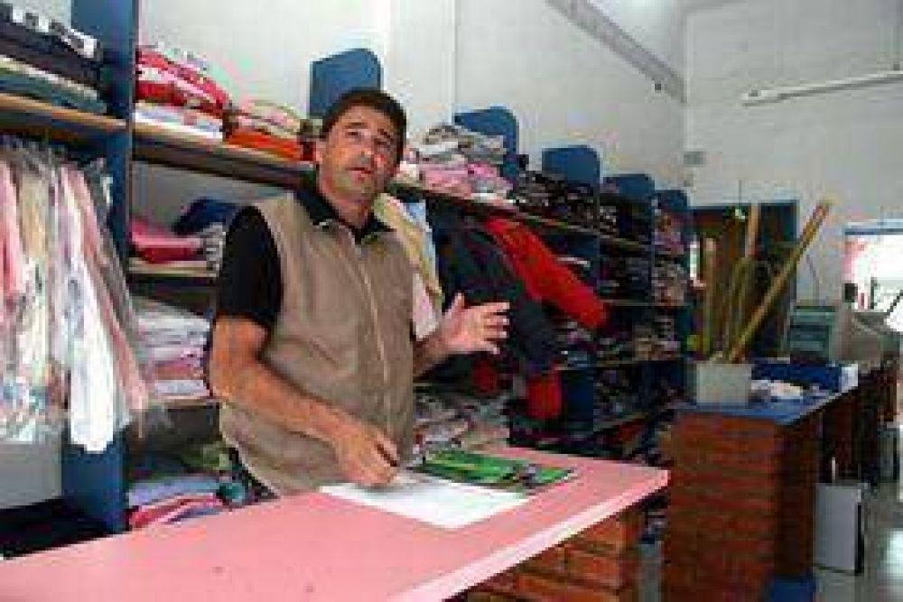 """""""En Olavarría se cierran tres negocios por mes y el Municipio no hace nada""""."""