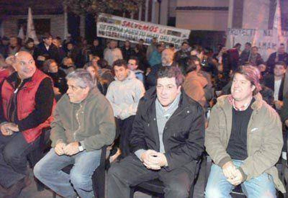 Gabriel Mariotto inauguró el centro cultural Padre Mugica