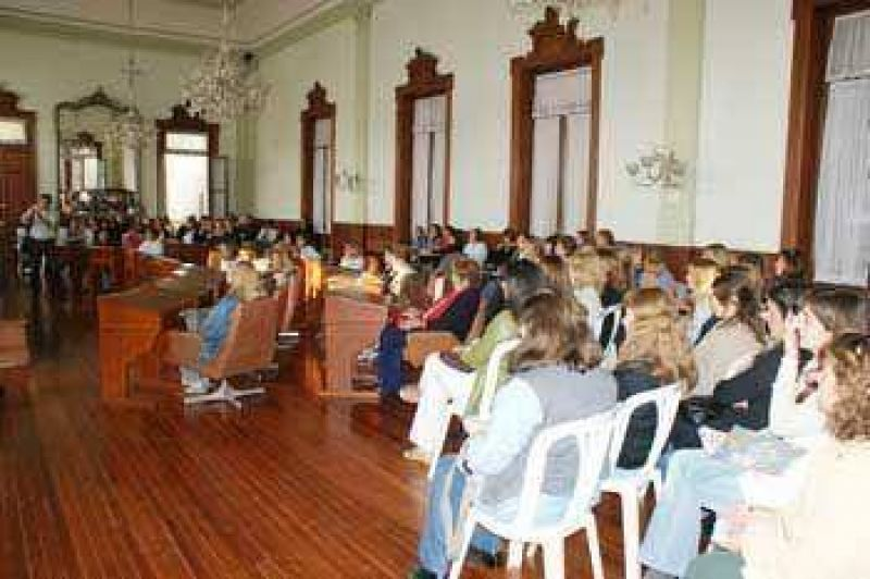 Encuentro informativo por el Dengue en el Concejo Deliberante