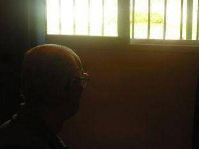 Se demora el entierro de Videla a la espera de los resultados de la autopsia