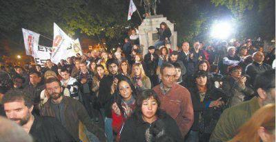 Mercedes, un pueblo cruzado por el rechazo a la figura del genocida Videla