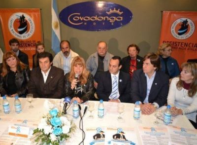 Aída agradeció a Hoteleros y Gastronómicos por sumarse a los actos por fiestas