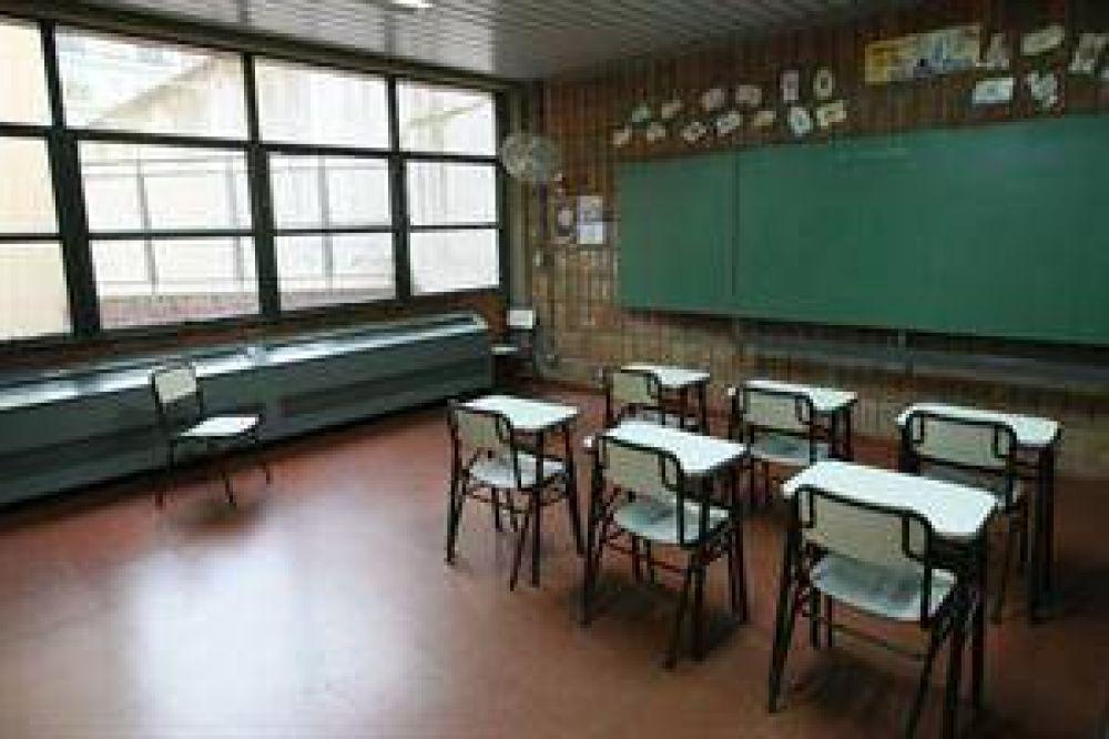 Scioli descontará a los maestros los días de paro y quitará un beneficio de $ 400