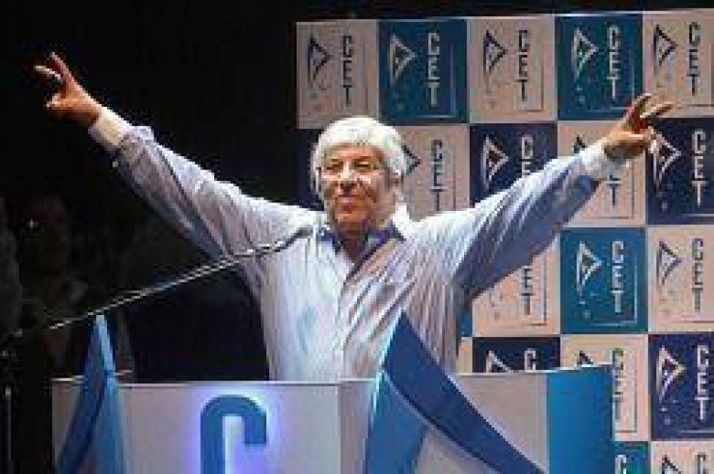 """La bancaria se va de la CGT Azopardo ante la """"partidización"""" de la Central Obrera de Moyano"""