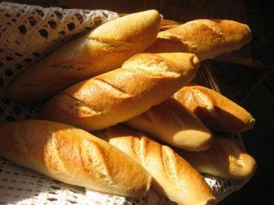 El costo del kilo de pan alcanzaría los 14,50 pesos