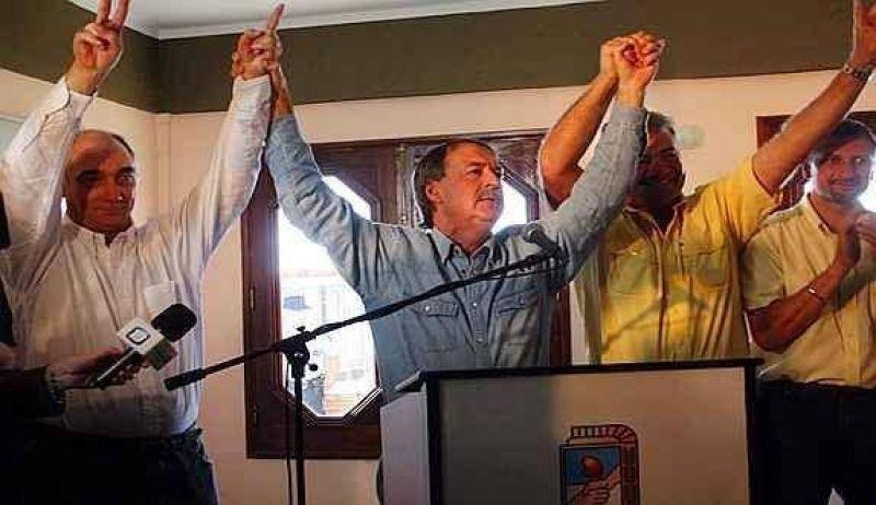 Schiaretti impuso sus candidatos por una abrumadora mayoría