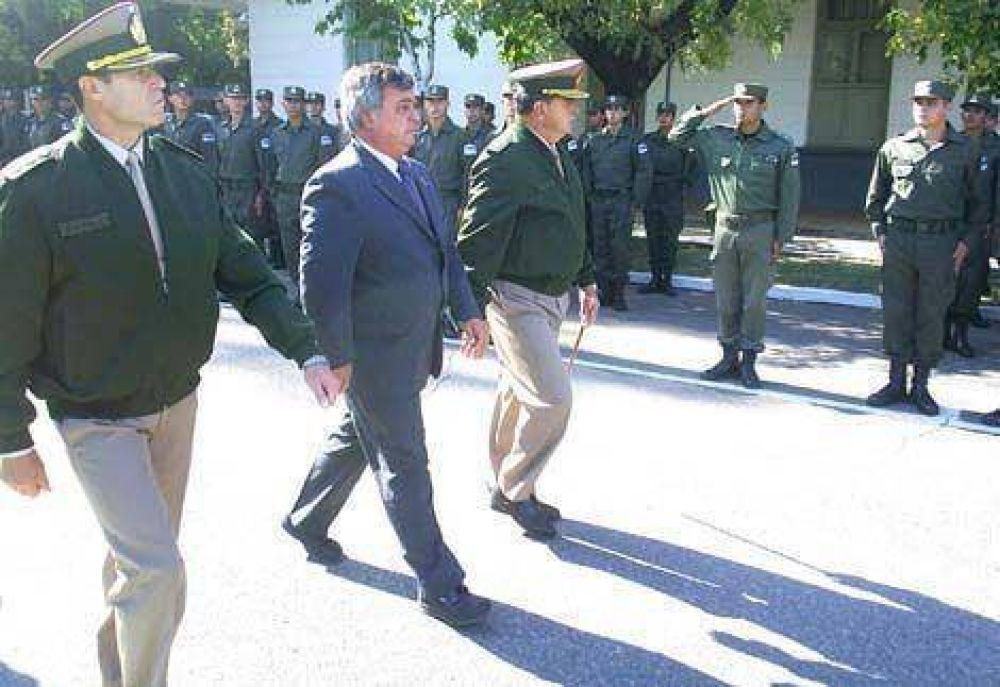 Carlos Selva en el Egreso del curso de Formación de Gendarmes