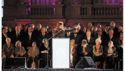 Tras la demostración de fuerza en la Plaza, el cristinismo vuelve a la carga con la re-re