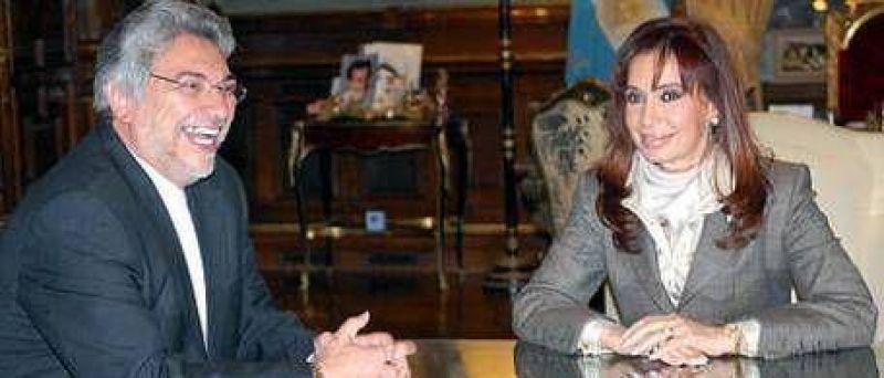 """Cristina recibe al """"superpapá"""" Lugo y a Evo Morales"""