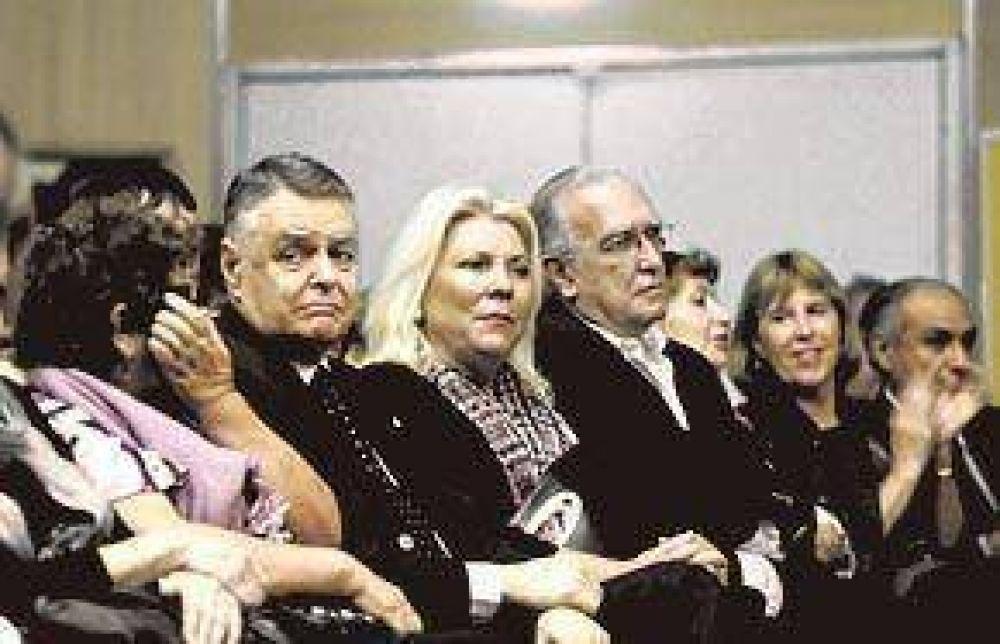 "Carrió: ""Que el pueblo la juzgue a Gabriela"""