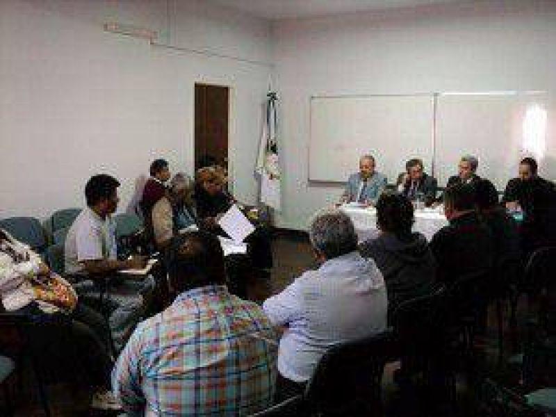 Prosiguen las reuniones por la reglamentaci�n de la ley de pase a planta permanente