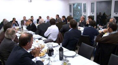 CFK incluyó a Ottavis como nexo para un acercamiento directo con los intendentes