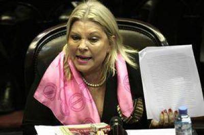 Elisa Carrió se presentó ante la Justicia por la denuncia por enriquecimiento ilícito