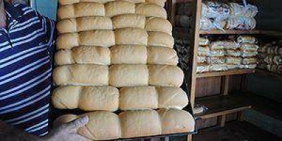 Compromiso de panaderos para mantener el precio del pan a $9,50