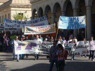 El conflicto de los Médicos Comunitarios puede complicar aún más la crisis de recursos humanos en salud en Jujuy