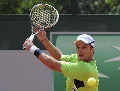 Zaballos avanza en Roland Garros