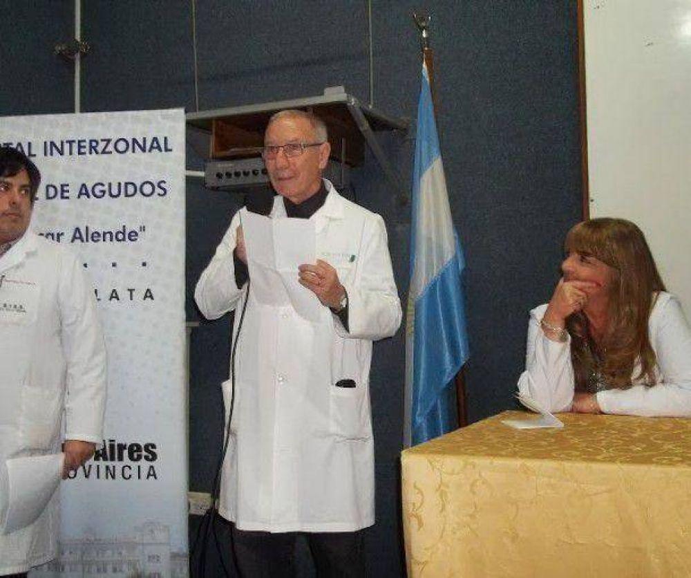 Entregan diplomas a residentes en el Hospital Interzonal