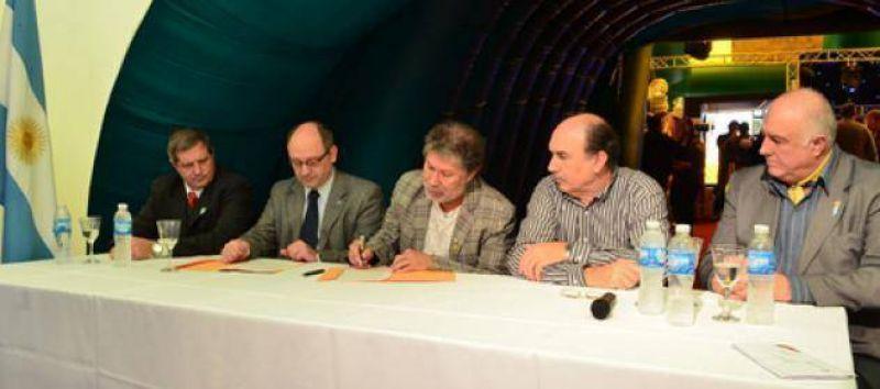 ATILRA firm� un acuerdo acad�mico con la Universidad Nacional del Litoral