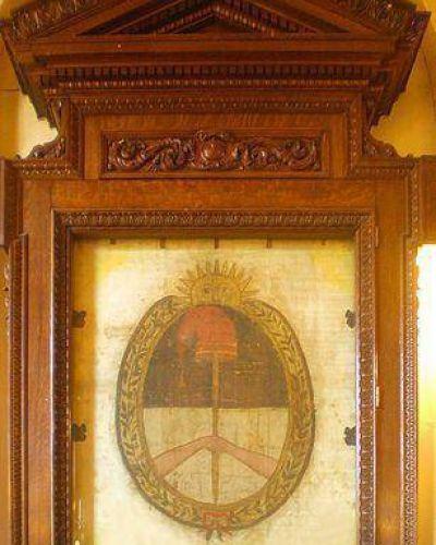 Bandera Nacional de la Libertad Civil, emblema del Parlamento del NOA: peque�o paso en Catamarca