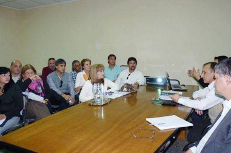 ATECh pidi� la reapertura de la discusi�n salarial al ministro Soto