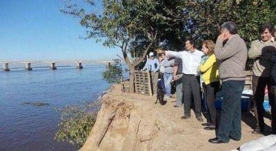 Estudian una solución definitiva a la erosión en el San Pedro Pescador