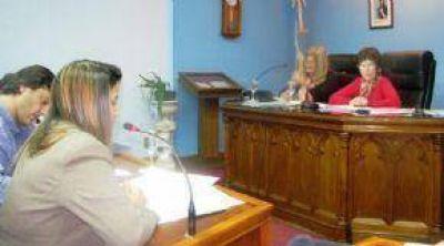 Termina En Derrota Para Artero La Embestida Contra La Presidente Del Concejo