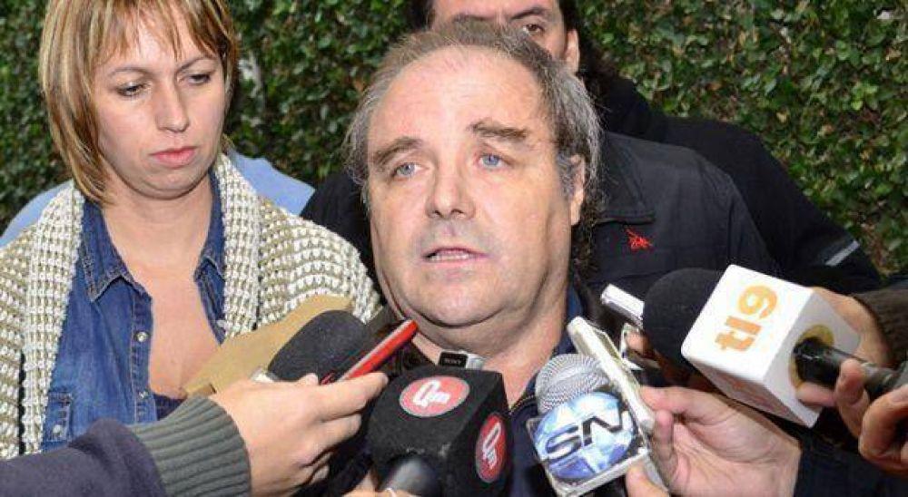 """Desde UDOCBA, Díaz apuntó: """"A Petrocini y Baradel, la Provincia los arregló con tres paquetes de yerba"""""""