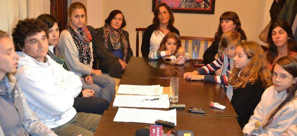 Los integrantes del grupo 'Saladillo sin TACC' realizan diferentes actividades de concientización