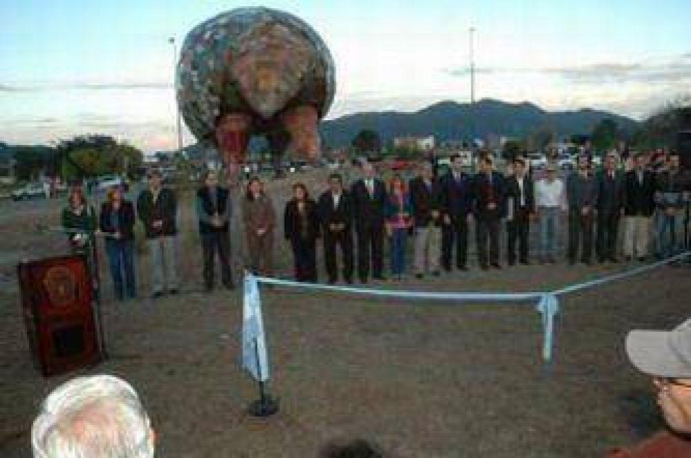 El gobernador Urtubey inauguró la plaza El Quirquincho