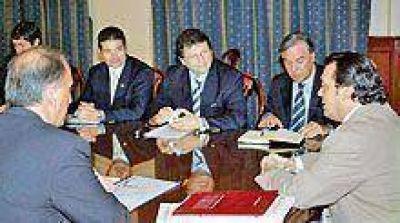 Invitaron a Santiago al Foro de Gobernadores de Zicosur