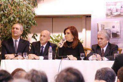 Cristina anunció elecciones de petroleros para el 20 de noviembre